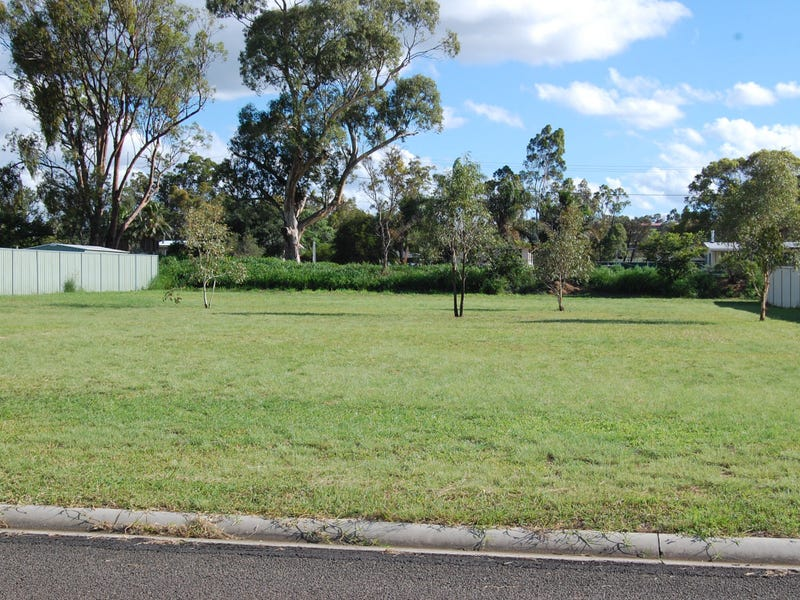 22 Doncaster Drive, Rosenthal Heights, Qld 4370