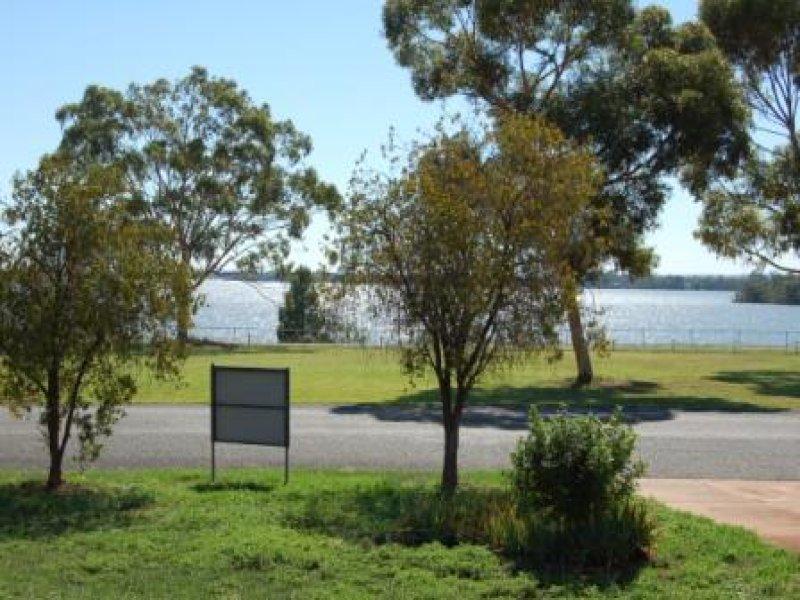 4 lake street south, Lake Cargelligo, NSW 2672