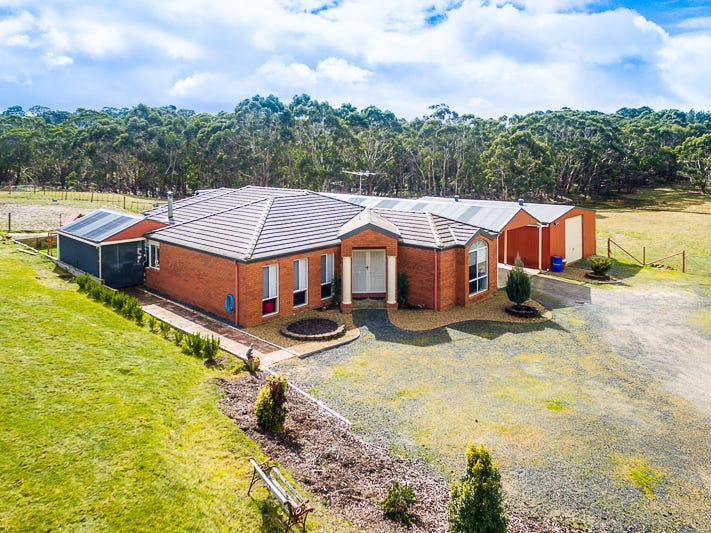 5 Gleeson Court, Gordon, Vic 3345