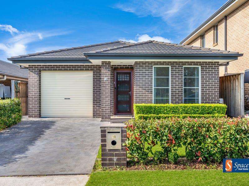 10 Twynam Place, Minto, NSW 2566