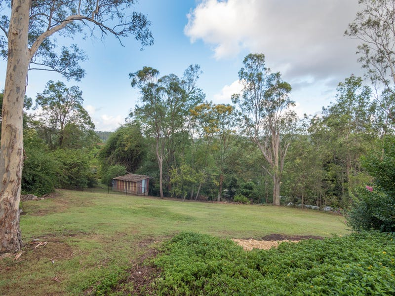 45 Mt Nebo Road, The Gap, Qld 4061