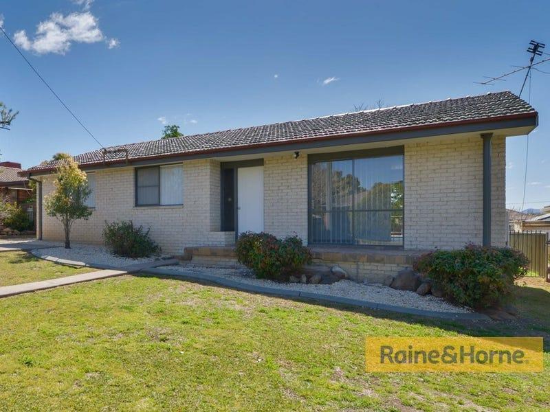 24 Warren Street, Tamworth, NSW 2340