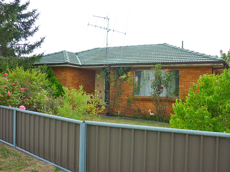 37 Orange Rd, Blayney, NSW 2799