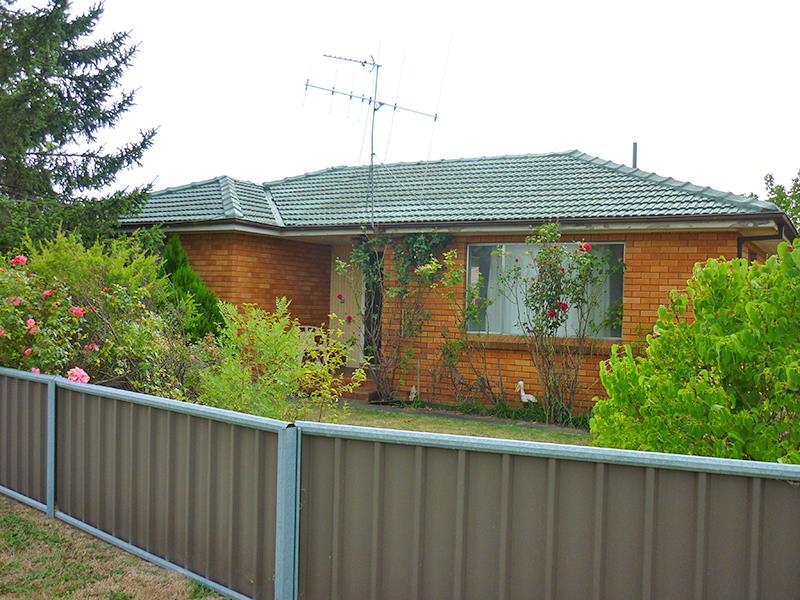 37 Orange Rd, Blayney, NSW 2799
