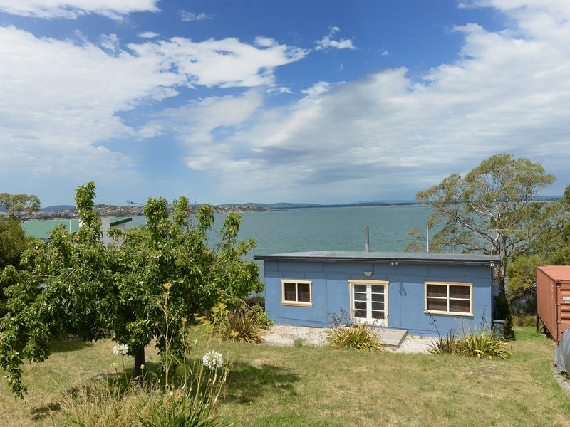 531 Shark Point Road, Penna, Tas 7171