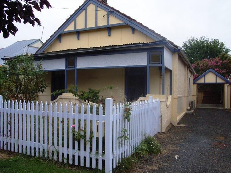 317 Russell Street, Bathurst, NSW 2795