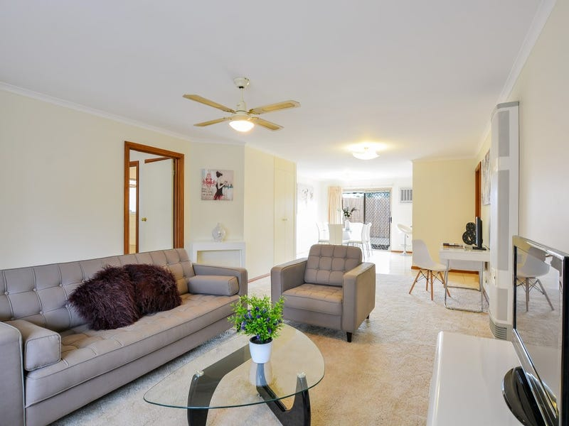 2/7 Rothschild Street, Woodcroft, SA 5162