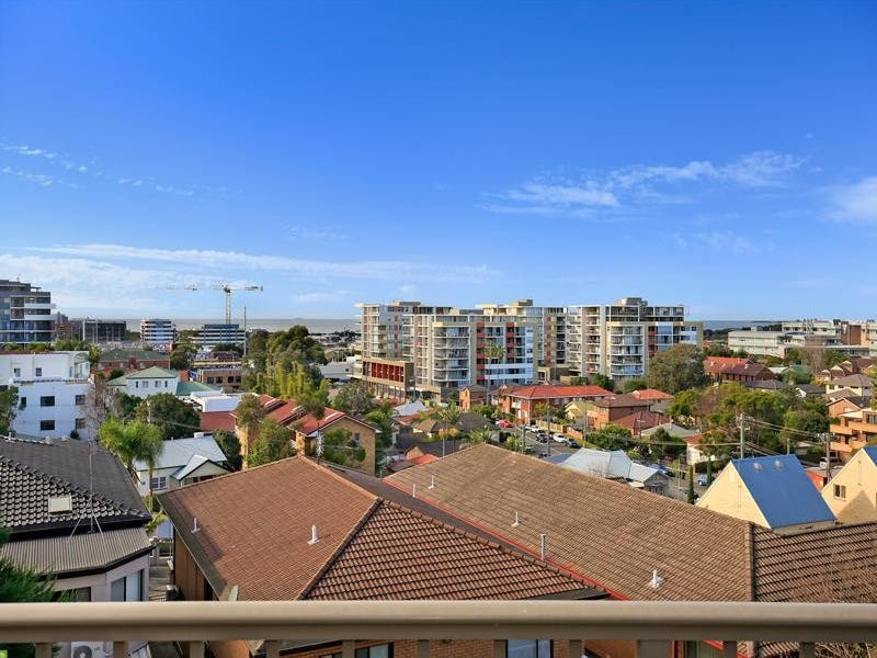 5/7 Staff Street, Wollongong, NSW 2500
