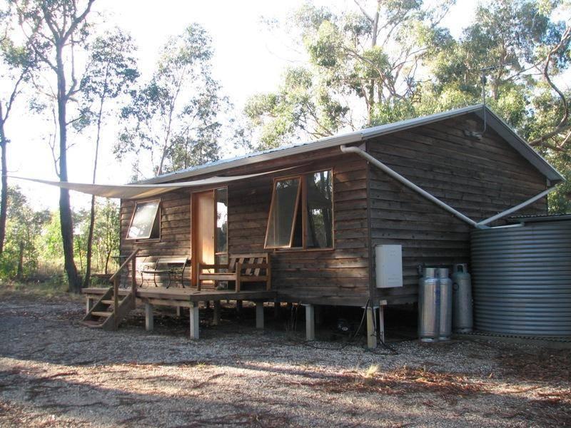3 Bushmans Crescent, Drummond North, Vic 3446