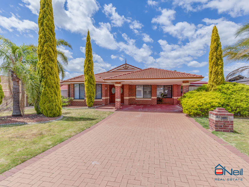 8 Ardmair Close, Seville Grove, WA 6112