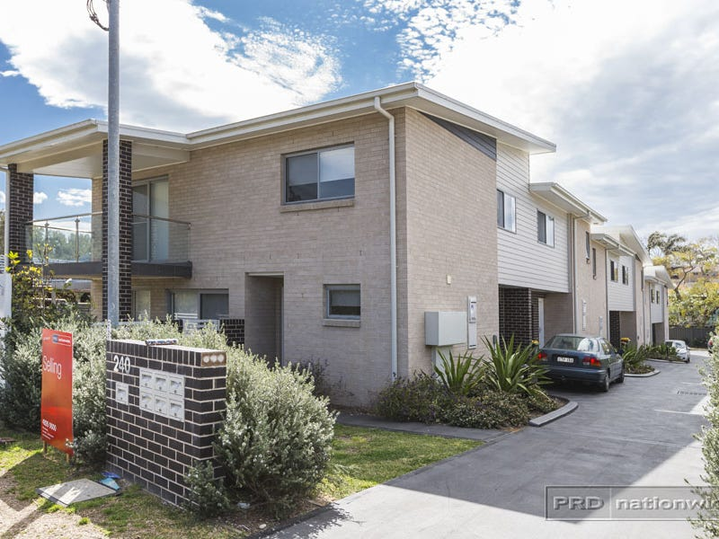 5/240 Newcastle Road, Jesmond