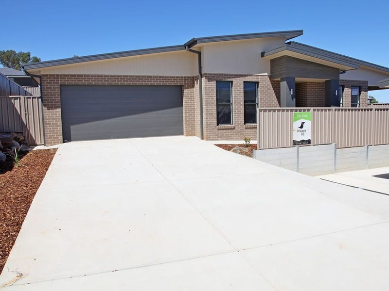 2/7 Darcy Drive, Boorooma, NSW 2650