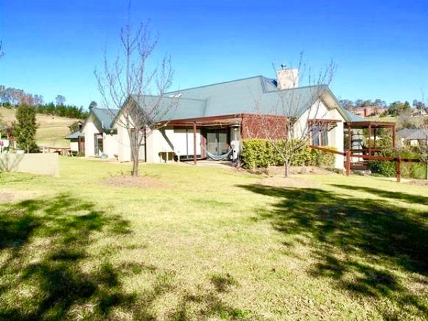 1  Carramar close, Picton, NSW 2571