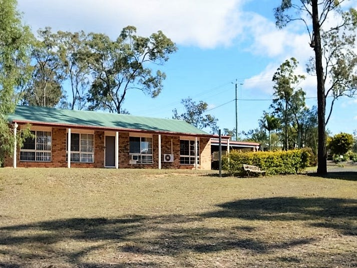 215 Lakes Drive, Laidley Heights