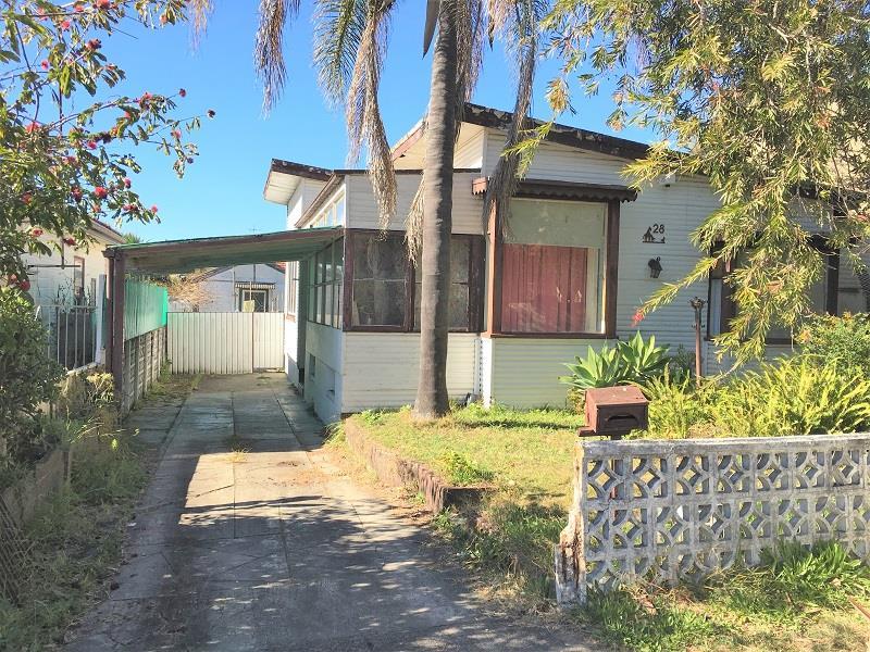 28 Hardy Ave, Riverwood, NSW 2210