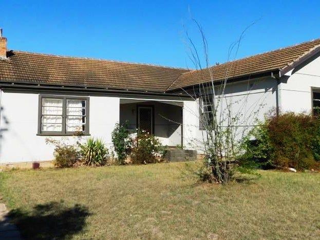 21 John Street, Coonabarabran, NSW 2357