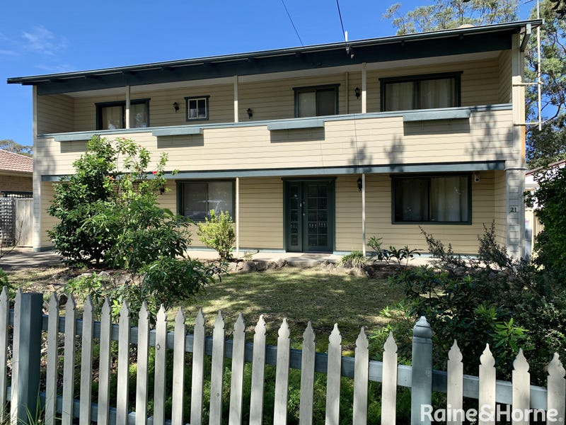 21 Macleans Point Road, Sanctuary Point, NSW 2540