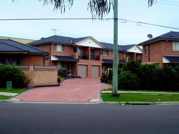 4 Myall Road, Casula, NSW 2170