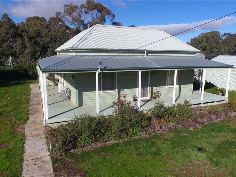 74 High Street, Navarre, Vic 3384