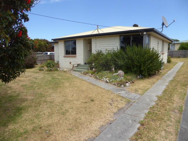 34 Patrick Street, Whitemark, Tas 7255