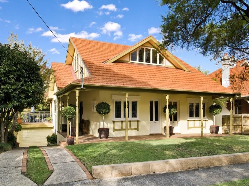 14 Holdsworth Ave, St Leonards, NSW 2065