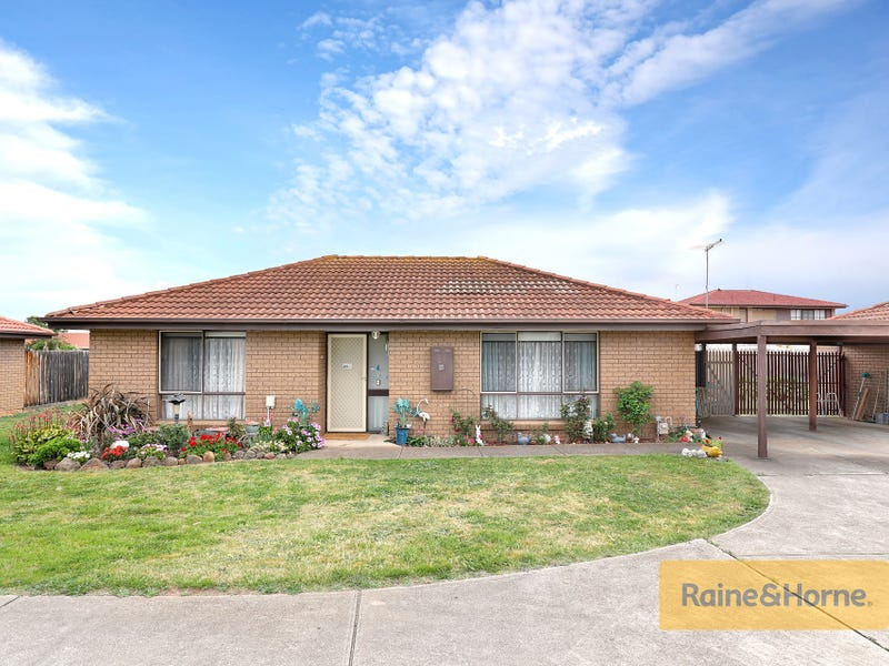 15/55-61 Barries Road, Melton, Vic 3337