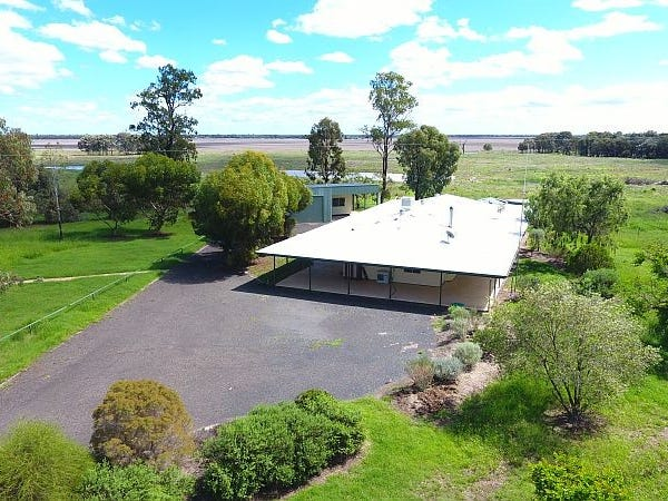794 Broadwater Rd, Dalby, Qld 4405