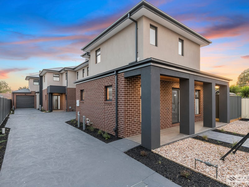2/45 Manorvale Parade, Werribee, Vic 3030