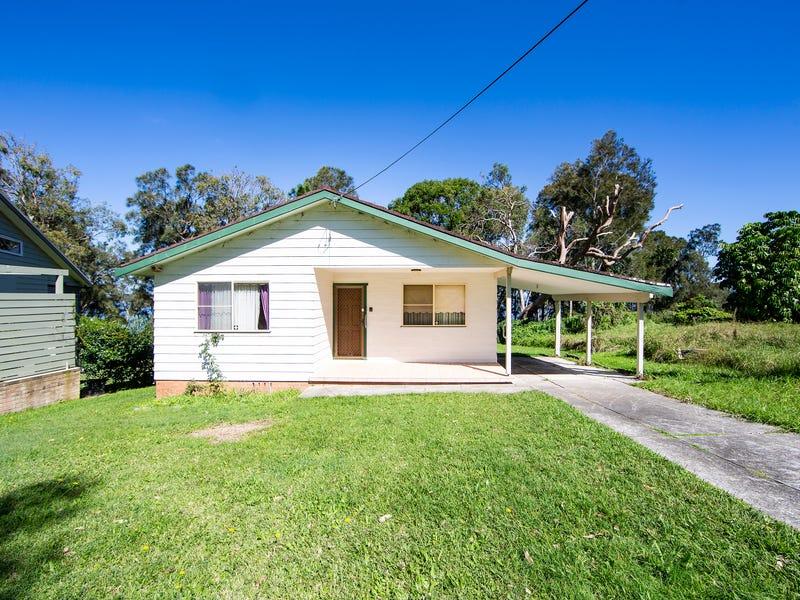 32 Diamond Head Drive, Budgewoi, NSW 2262