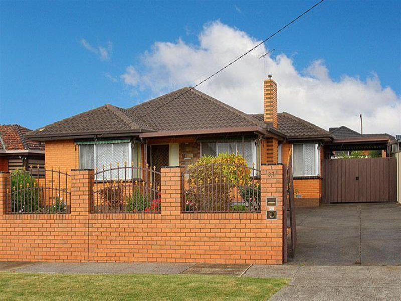 37 Deakin Avenue, Lalor, Vic 3075