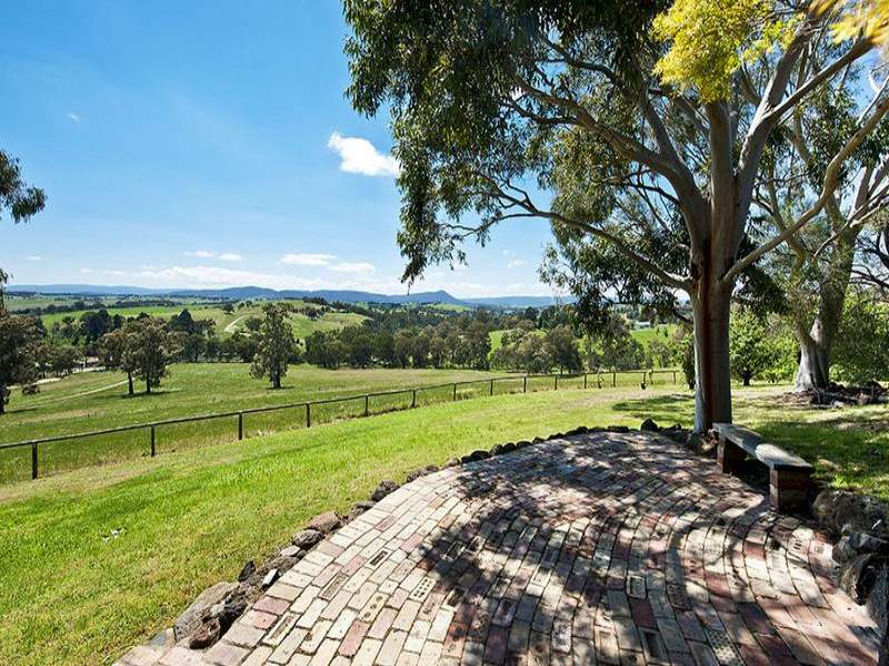 530 Hurstbridge-Arthurs Creek Road, Nutfield, Vic 3099