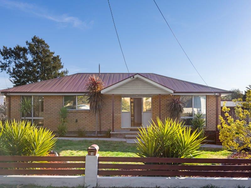 19 Ullamulla Crescent, Queanbeyan, NSW 2620