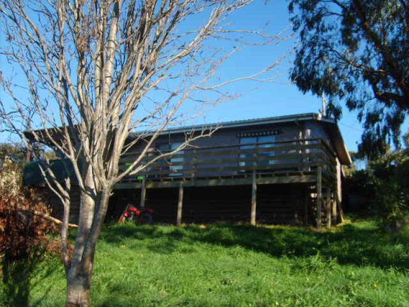 57 Old Waratah Rd, Fish Creek, Vic 3959