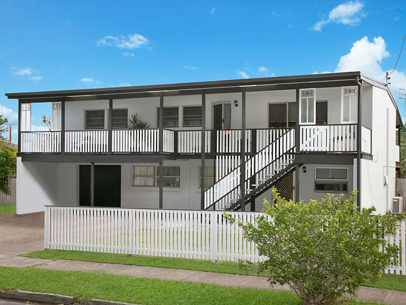 28 Djerral Avenue, Burleigh Heads, Qld 4220