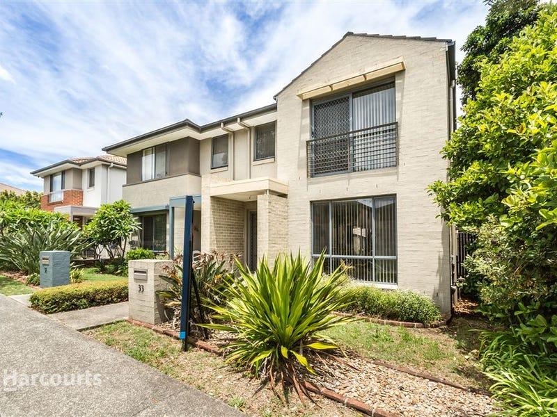 33 Lakewood Boulevard, Flinders, NSW 2529