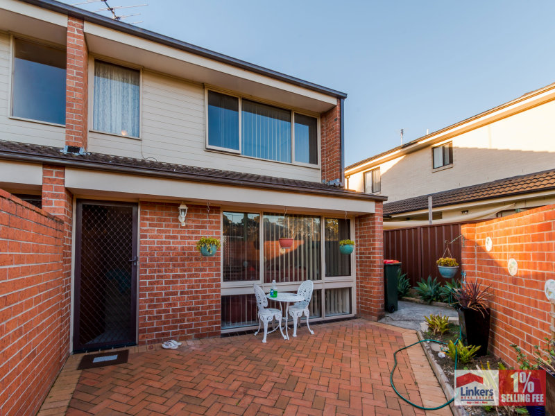 10/50-52 Third Ave, Macquarie Fields, NSW 2564