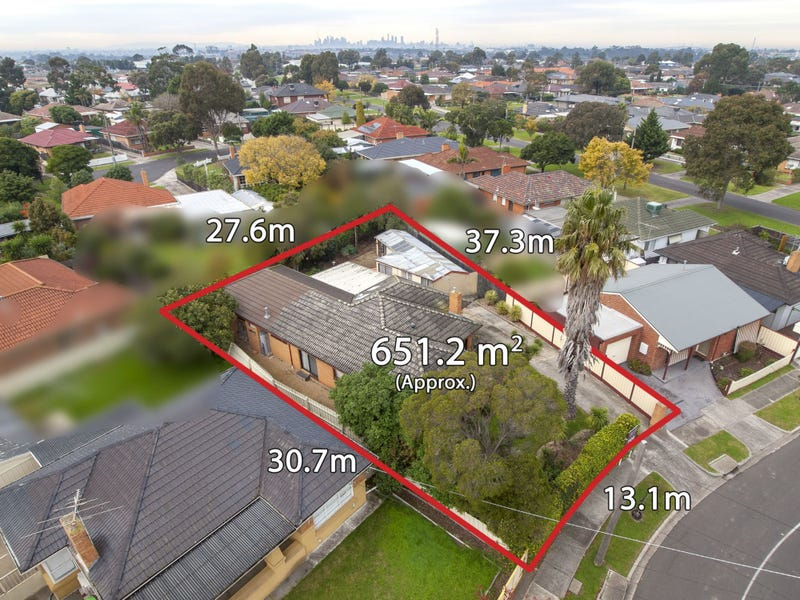 2 Thompson Street, Avondale Heights, Vic 3034