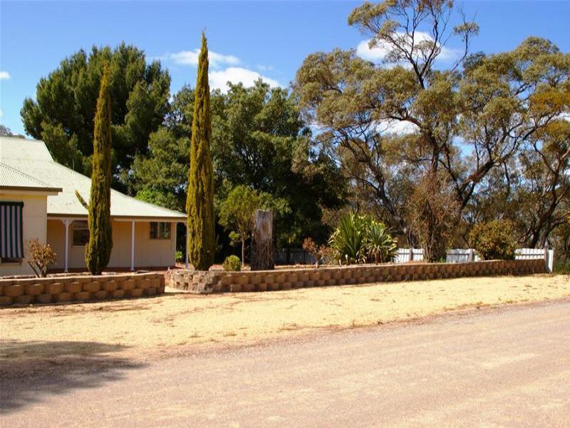 10 Polkinghorns Road, Arthurton, SA 5572
