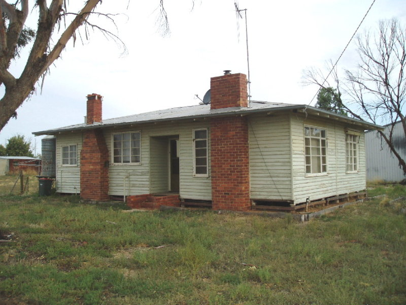 2 GREGORY ST., Pyramid Hill, Vic 3575
