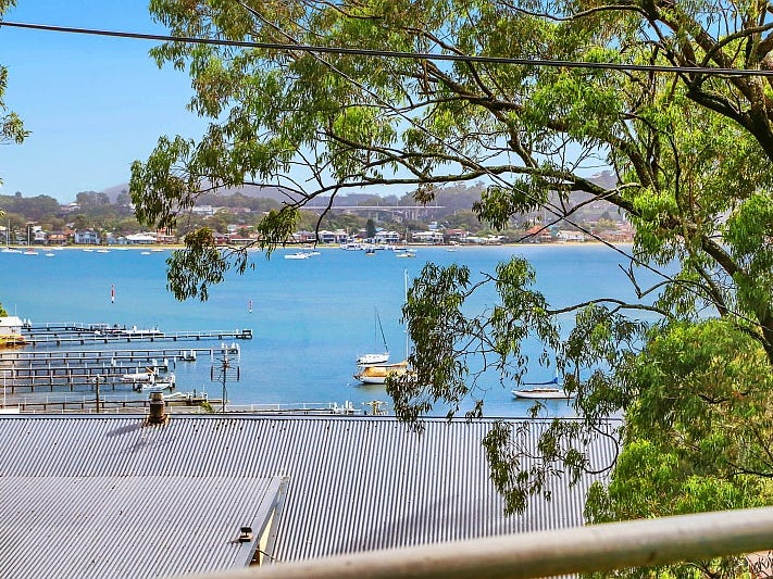 45 High View Rd, Pretty Beach, NSW 2257