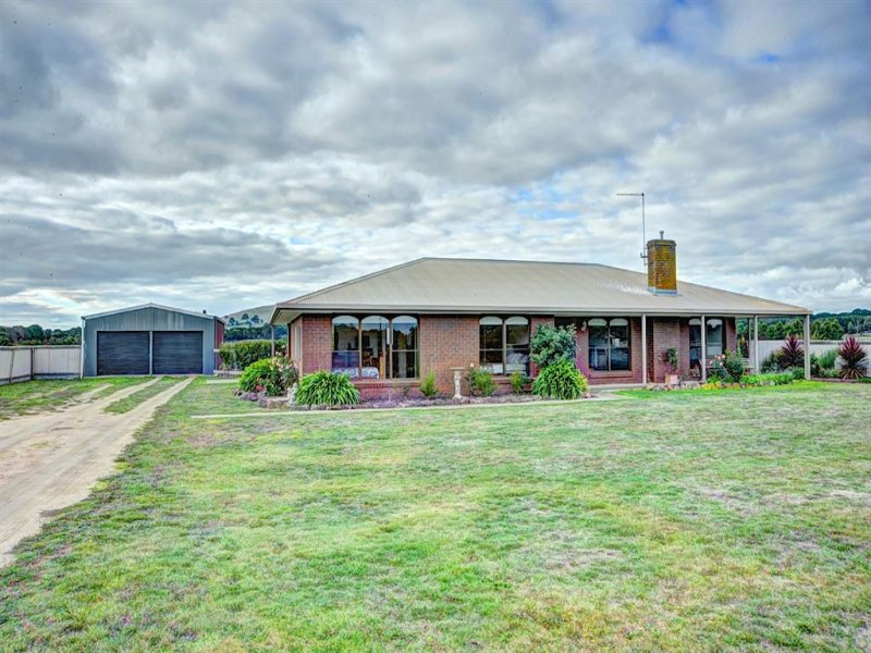 81 Sharpes Road, Miners Rest, Vic 3352