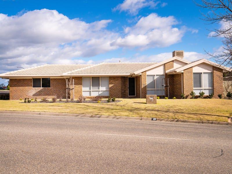 19 Hartigan Street, Thurgoona, NSW 2640