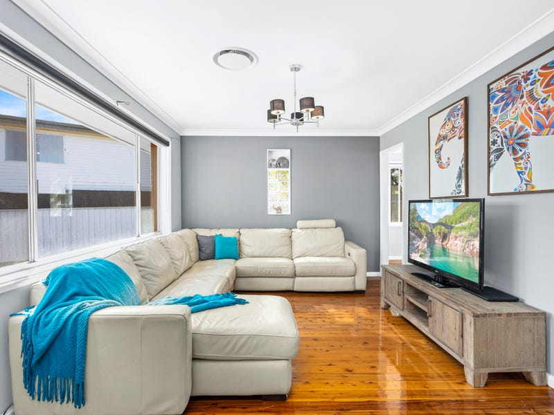 68 The Esplanade, Oak Flats, NSW 2529