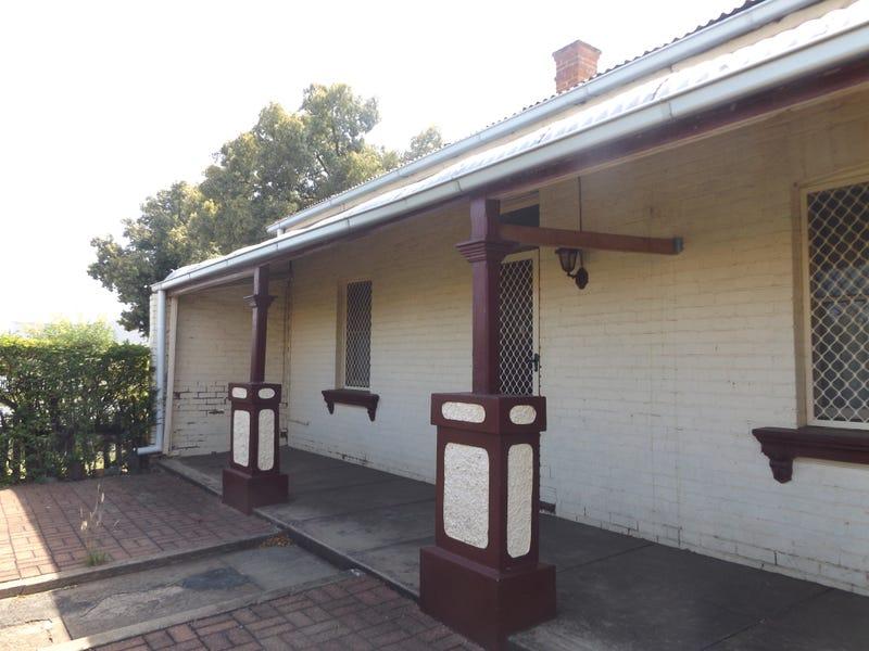 28 PERCY STREET, Wellington, NSW 2820