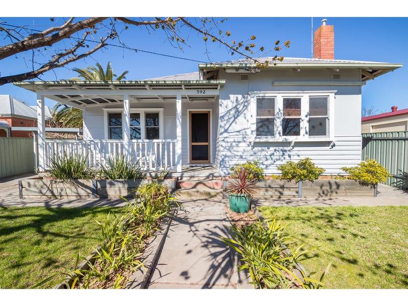 592 Broad Street, East Albury, NSW 2640