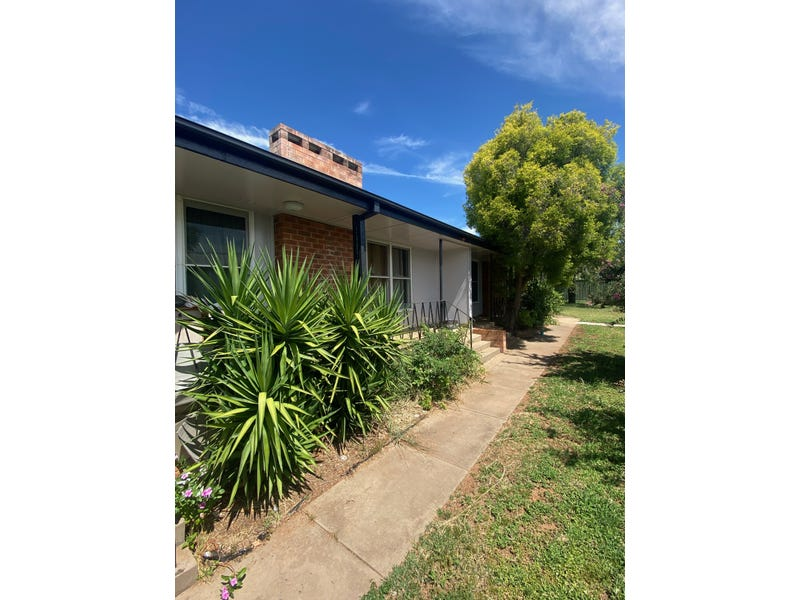 11 Little Beulah St, Gunnedah, NSW 2380