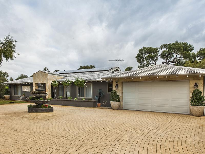 189 Hermitage Drive, The Vines, WA 6069