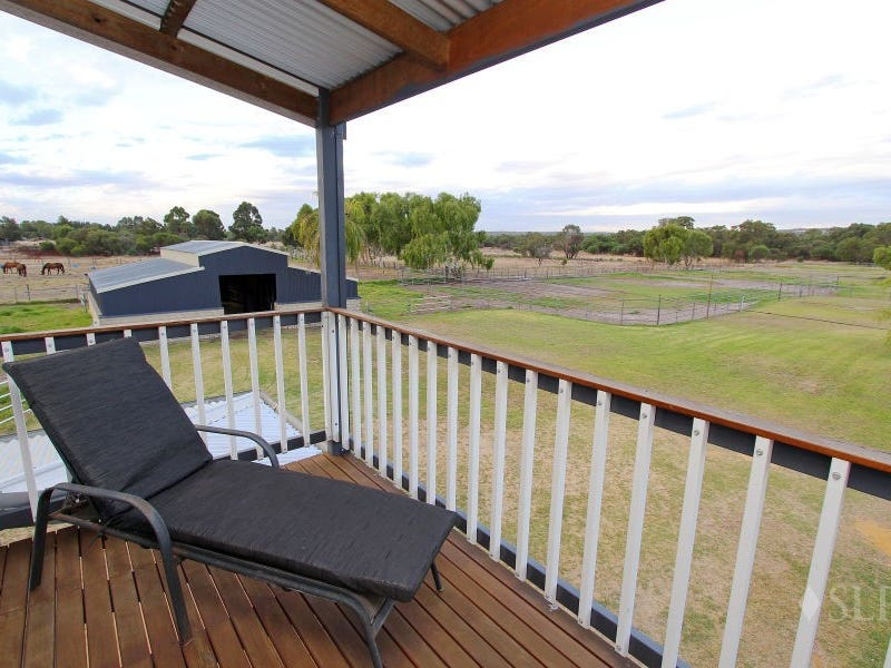 83 Peters Road, Muchea, WA 6501