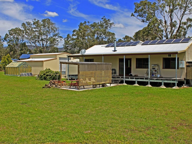 4 Ramsay Street, Maryvale, Qld 4370