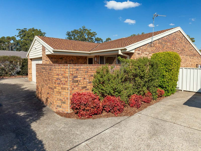 4/32 Train Street, Broulee, NSW 2537